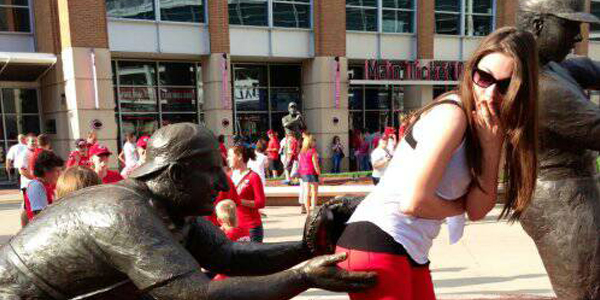 8 Statues Doing Naughty Things To People Viralchakra