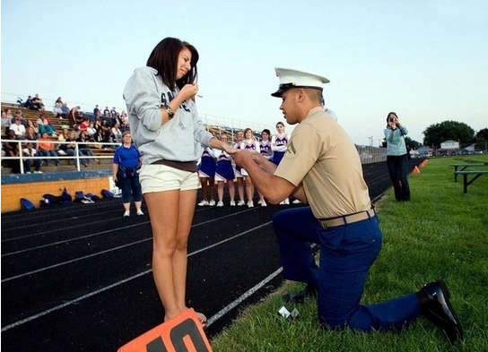 Marine Isiah Beauchamp's surprise proposal to his girlfriend at their old high school