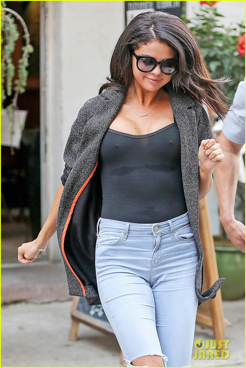 Did Selena Gomez get Breast Implants?