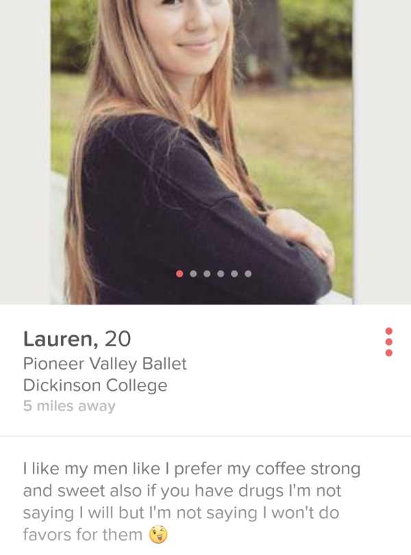 these-tinder-profiles-are-a-little-more-wtf-than-the-rest-37-photos-36